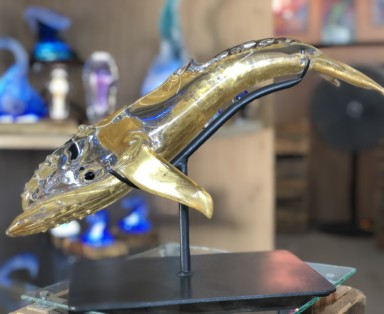 karatgoldplatedwhaleglassblowing