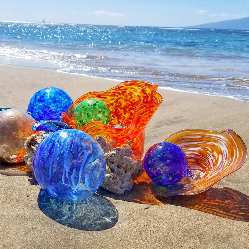 maui glass blown bowl