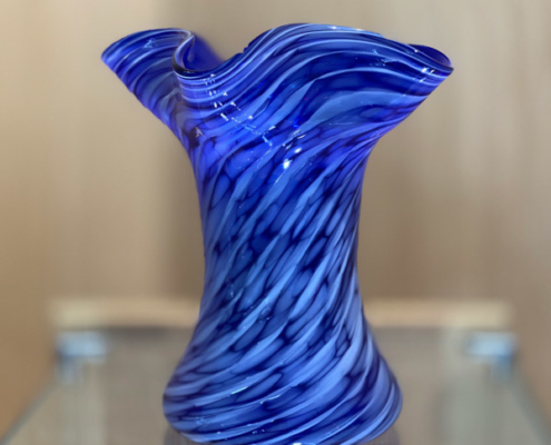 Fluted Vase With Optic Stuff Twist