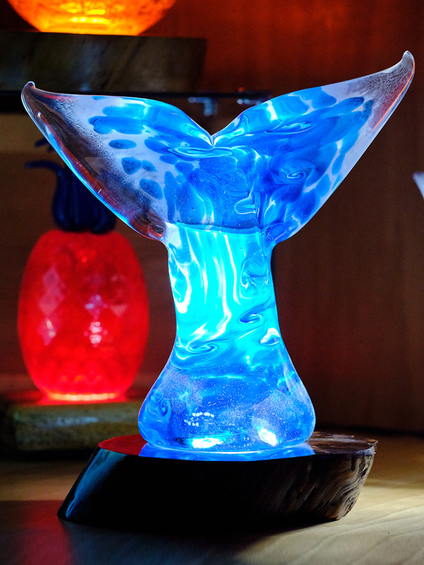 Jumbo Whale Tail with LED Light Base 12 W x 12 T tall